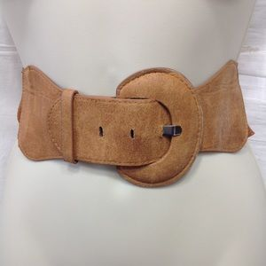 Wide belt with faux suede and elastic